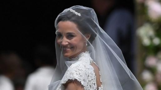 Pippa-middleton-wedding-dress-giles-deacon