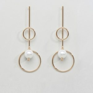Limited Edition Pearl Bar and Pearl Drop Earrings - Liyanah