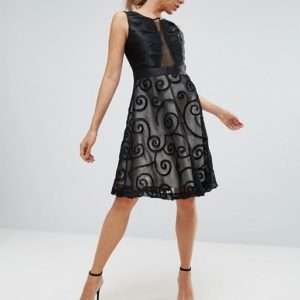 Amy Lynn Black Prom Dress With Brocade Detail - Liyanah