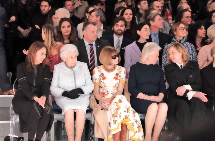The Queen with Vogue editor-in-chief Dame Anna Wintour for Richard Quinn's show.