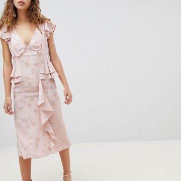 ASOS DESIGN Soft Floral Jacquard Pink Midi Tea Dress With Ruffle Hem - Liyanah